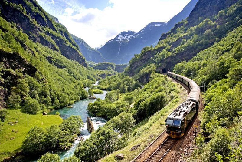 Moje volba: Panoramatická železnice Flåmsbanen na cestě do stanice Myrdal