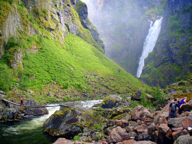 Moje volba: Túra pod vodopád Vøringfossen