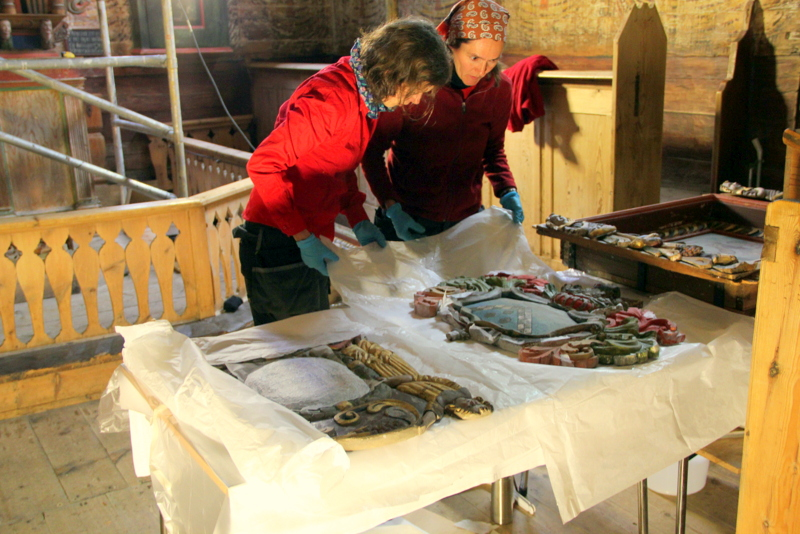 Moje volba: Restaurátorské práce ve sloupovém kostele Kvernes