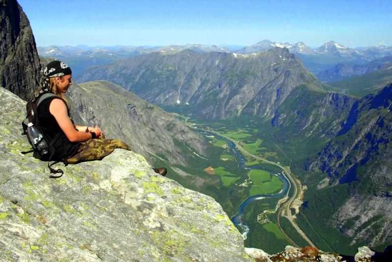 Moje volba: Vyhlídka z vrcholu Trolí stěny - Trollveggen