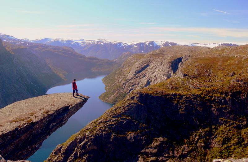 Moje volba: Na vyhlídce Trolltunga (Trolí jazyk) nad jezerem Ringedalsvatnet